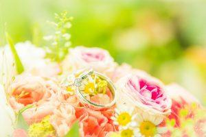 Bruidsboeket met ringen